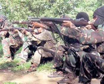 10 07 2013-maoist11